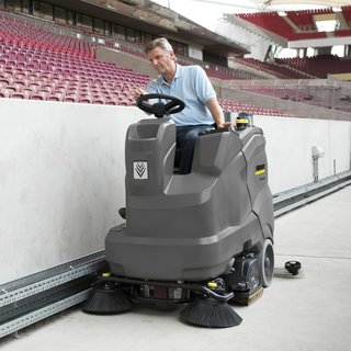 Karcher (B 90/150 R) Ride-on Floor Scrubber Dryer