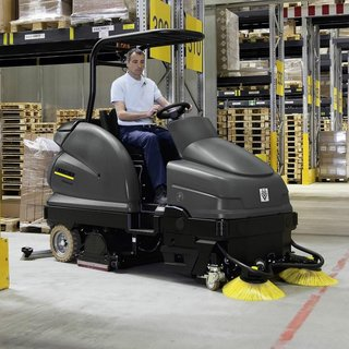 Karcher (BR 100/250 RI) Ride-on Floor Scrubber Dryer / Sweeper