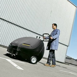Karcher (KM 85/50 W) Floor Sweeper