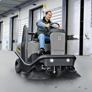 Karcher (KM 120/150 R) Ride-on Floor Sweeper