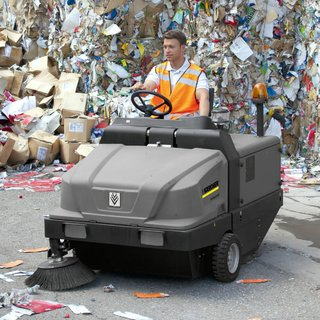 Karcher (KM 130/300 R) Ride-on LPG Floor Sweeper