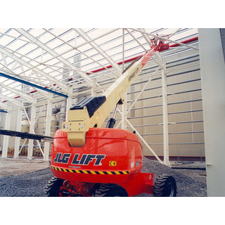 JLG 600AJ Articulated Boom Lift - Diesel