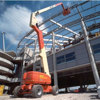 JLG 800AJ Articulated Boom Lift - Diesel