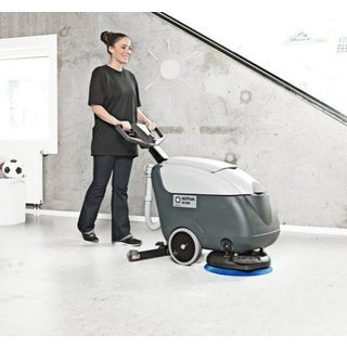 Nilfisk SC400 Floor Scrubber Dryer